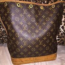 Authentic Louis-Vuitton Noe Photo