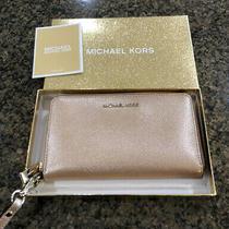 Authentic Michael Kors Jet Set Zip Around Leather Phone Wallet/wristlet Rose Photo