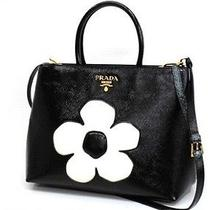 Authentic Prada Saffiano Vernice Two Way Flower Tote Bag Black X White B2543m Photo