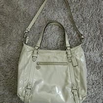 Authentic Women's Coach Shoulder Bag Photo