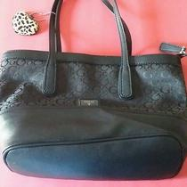 Authentic Womens Guess Purse Original Price 88.00  Photo