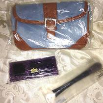 Avon  3 Pc  Travel Bag With Ergonomic Blush Brush & Expert Travelers Brush Set Photo