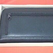 Avon Boxed Leather Wallet and Key Ring Black Photo