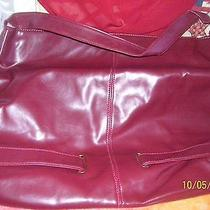 Avon City Burgundy Totebag Photo