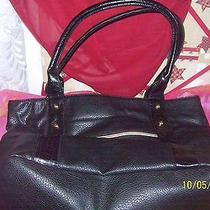 Avon Classic Butler Bag Photo
