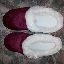 Avon Cozy Red Furry Women's Slippers Size S/p (5-6) Photo