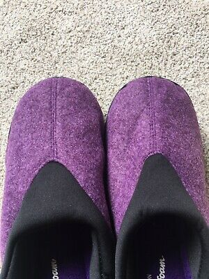 Avon Cushion Walk Memory Foam Comfort Indoor Outdoor Purple M 7-8 Slipper. NEW! Photo