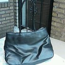 Avon Handbags  Photo