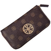 Avon Mailyn Wallet Photo