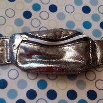 Avon Outspoken by Fergie Exclusive Wrist Wallet Silver  Nib Discontinued  Photo
