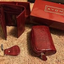 Avon Red Wallet Gift Set Photo