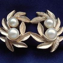 Avon Signed Vintage 1960's Gold  Pearl Leaf  Berry Design Earrings 60s 70s Photo