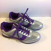 Avon Sneakers Curves Photo