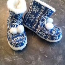 Avon Snow Flake Slippers Size 9 Photo