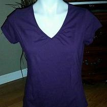 Avon v Neck Tee Size M Purple Photo