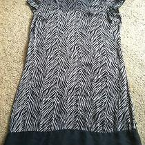 Awesome Women's Size M Medium Express 95% Silk Gray Striped Dress Outfit Nice Photo