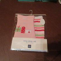 Baby Gap Girls 0 to 3 Months Holiday Pajamas Photo