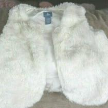 Baby Gap Girls White Faux Fur Sleeveless Vest  Size 2 Years Photo