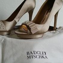 Badgley Mischka Cream Satin Wedding Shoe With Pearls 9.5 W/shoe Bag Photo
