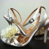 Badgley Mischka Karol Ivory Satin Women's Evening Sandals Heels With Flower 8.5 Photo