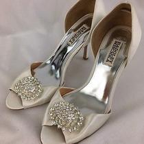 Badgley Mischka White Satin Peep Toe Crystal Brooch Heels Size 7.5  C7401 Photo