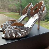 Badgley Mischka Women's Tatiana Silver Pump Size 9 Photo