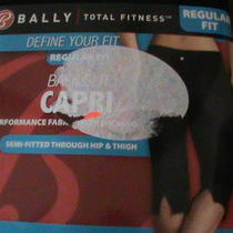 Bally Total Fitness Regular Fit Capri Xl Photo