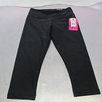 Bally Total Fitness Slim Fit Performance Capri Legging Black Small Photo