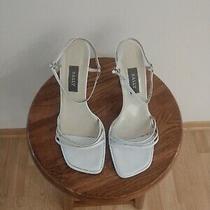 Bally Women's White Heels Size 39.5 Made in Switzerland Photo