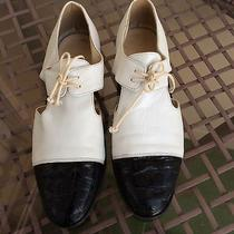 Bally Womens Lace Up Flats Oxfords Shoes Size 6 Photo