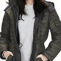 Banana Republic Camouflage Parka Hard to Find Coat in Army Green Camo Size Xs/s Photo