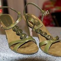 Bandolino Green Heels Photo