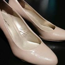 Bandolino Nude Pumps With Wood Accent Photo