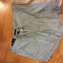 Bandolino Shorts Size 8 Photo