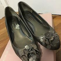 Bandolino Wedge Shoes Bronze Taupe Color Floral Detail Heels Size 7.5 Photo