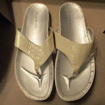 Bandolino Women's Off White T-Strap Piano Sandals Size 9 M 1