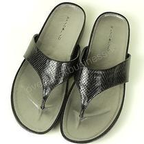 Bandolino Women's Piano Flip Flops Sandal - Black - Size 7 Photo