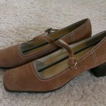Bandolino Womens Shoe Size 9. Never Worn Photo