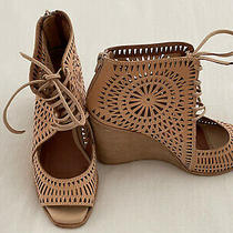 Barely Worn Awesome Jeffrey Campbell Womens Wedge Sandals Size 8 Photo