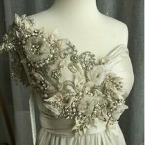 Beautiful 'Anna Campbell' Wedding Dress (Tash) Photo
