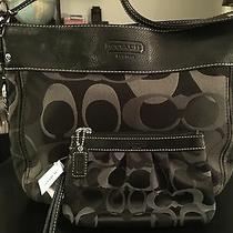 Beautiful  Authentic  Coach  Optic Black  Tote / Purse /handbag  & New Wristlet  Photo