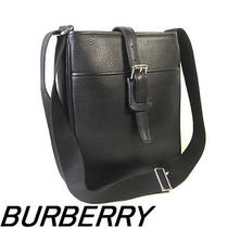 Beautiful Goods Burberry Shoulder Bag Seat Angle Black Y868 Used Photo