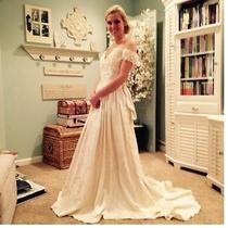 Beautiful Ivory Damask Jessica Mcclintock Wedding Dress -
