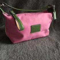 Beautiful Pink Ladies Coach  Small Handbag Photo