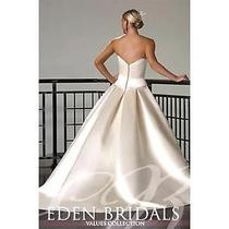 Beautiful Wedding Gown Size 16 Blush Photo