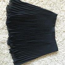 Bebe Skirt Photo