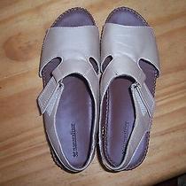 Beige Naturalizer Sandals Photo