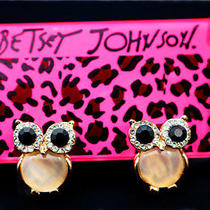 Betsey Johnson Beautiful Women Fashion Jewelry Crystal Owl Cute Earrings Photo