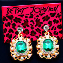 Betsey Johnson Fashion Jewelry Glamour Women's Beautiful Green Crystal Earrings Photo