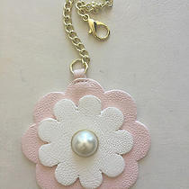 Betsey Johnson Hang Tag Purse Handbag 3d Flower Charm Faux Pearl Pink White  Photo